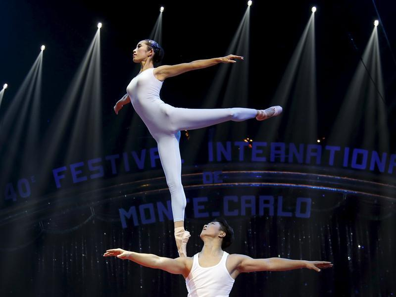 The Guangzhou Military Region Soldier Acrobatic Troupe performs during the opening of the festival in Monaco January 14, 2016. (REUTERS)