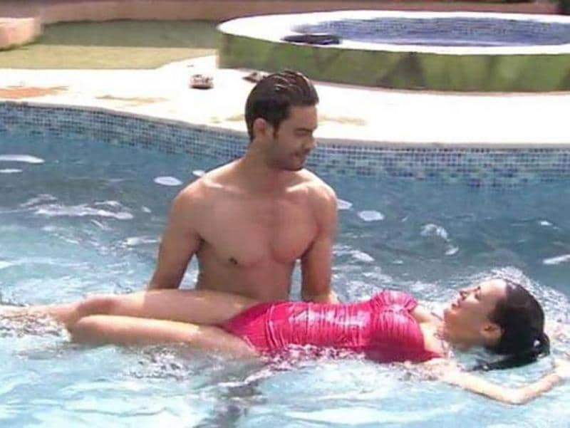 Keith and Rochelle indulged in some pool party romance this season but it wasn't  the only time we have seen Bigg Boss get a little hot. (Colors)