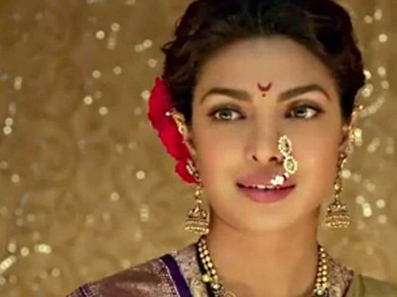 Priyanka Chopra bagged the Filmfare Best Supporting Actor Female  for her performance in Bajirao Mastani.