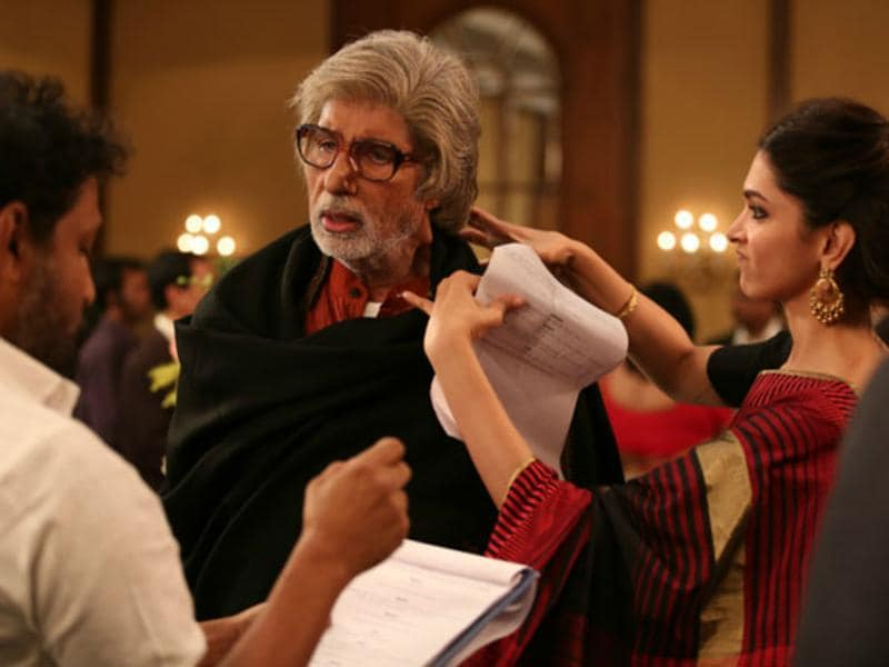Amitabh Bachchan got the Critics' Choice award for Best Actor at Filmfare.