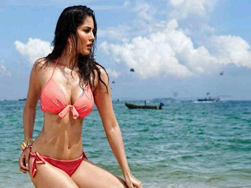 Sunny Leone will once again be putting her teasing skills to work in Mastizaade on February 29, 2016. (YouTube)