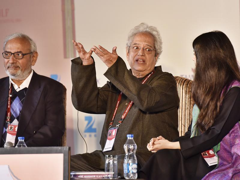 (Left to right) Harish Trivedi, Sudhir Kakar and Mohini Gupta during the session Bhartrihari: The Philosopher of Love at JLF 2016 on Friday. (Sanjeev Verma/HT Photo)