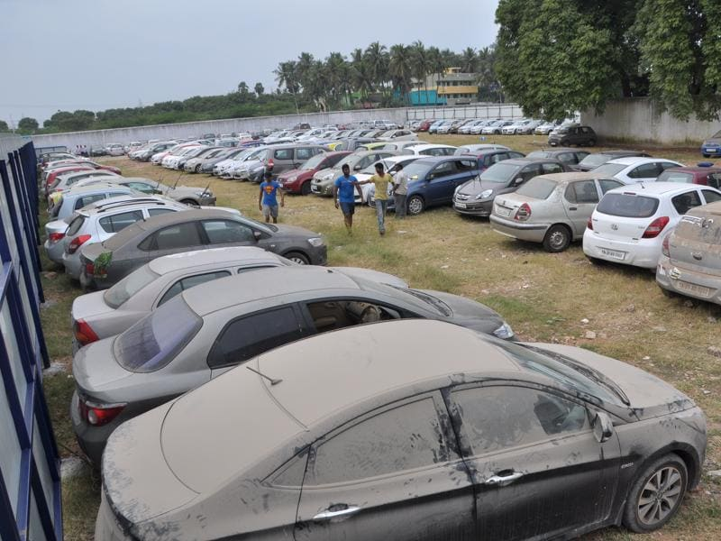 Tiruverkadu car yard of cardekho.com view.  (V Srinivasulu / HT Photo)
