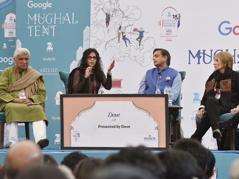 "Javed Akhtar, Shashi Tharoor and others during a session, where Akhtar had said, ""We fall in love with imperfections, we shouldn't confuse physical fitness with beauty.""  (HT Photo)"