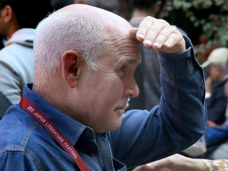 Photojournalist Steve McCurry,  a delegate at the Jaipur Literature Festival, was spotted taking pictures with his phone instead of a conventional camera at the Diggi Palace in Jaipur on Sunday.  (Himanshu vyas/ ht photo)