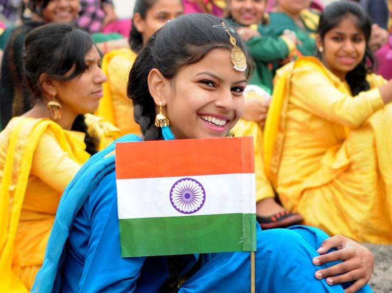 School girl in jubilant mood during the 67th Republic Day celebrating at YPS Stadium in Patiala . (Bharat Bhushan/HT Photo)