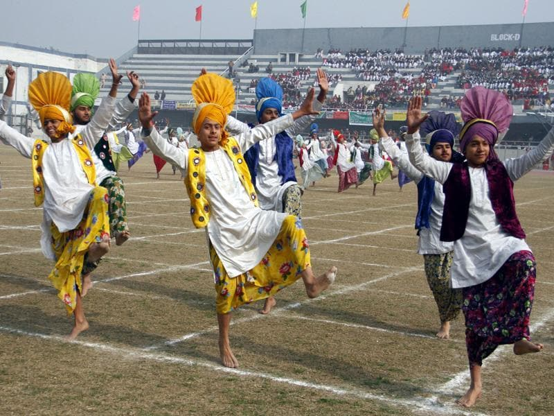 Students participating in cultural programs on the occasion of Republic Day at Guru Nanak Stadium in Ludhiana. (Jagtinder Singh Grewal/HT Photo)