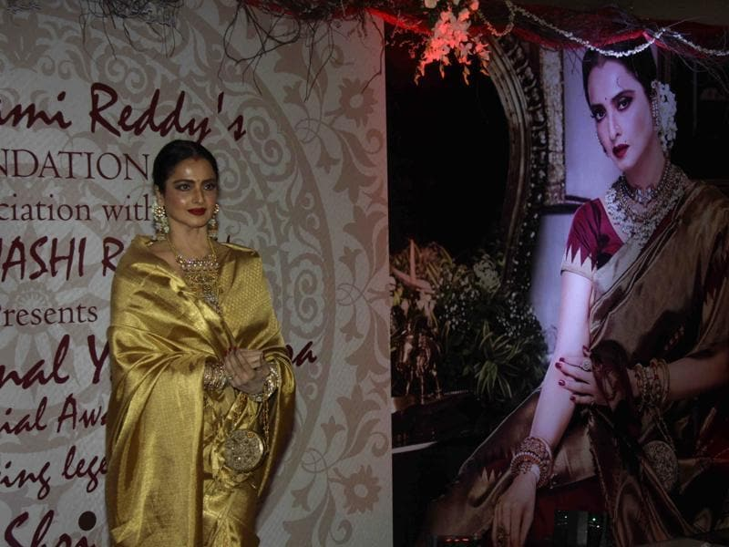 Bollywood actor Rekha receives 3rd National Yash Chopra Memorial Award in Mumbai at a gala event. (IANS)