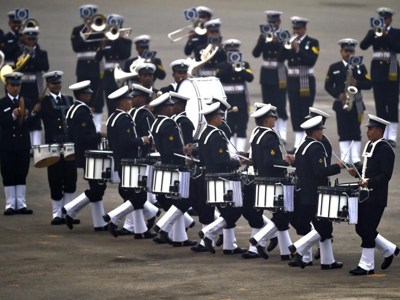 Navy band members perform during the Beating Retreat ceremony. (Ajay Aggarwal/HT Photo)