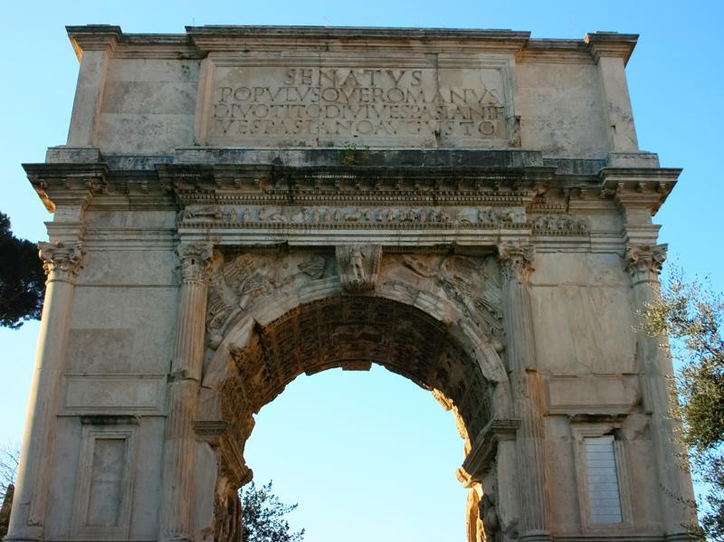 The Roman Forum hid an ancient arch similar to the Arch of Constantine constructed near the Colosseum in 312. (Picture courtesy: Mad Art Photography)