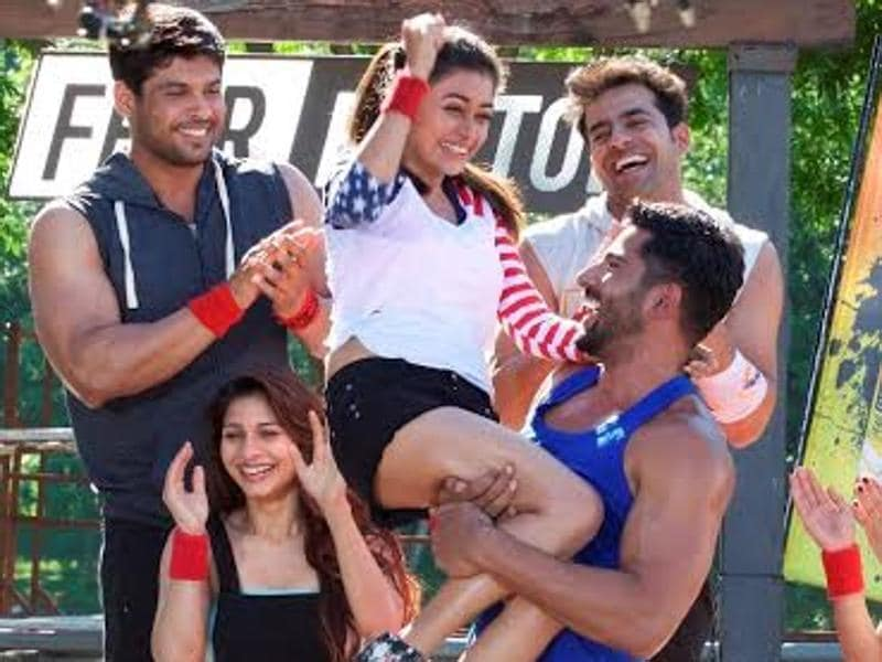 Khatron Ke Khiladi season premiers on 30th January, Saturday. The show that has had Akshay Kumar as the host for previous seasons, will see Arjun Kapoor stepping in for the role this year. (COLORS)