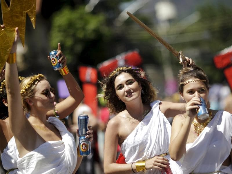 Revellers dance during the annual block party known as the 'Suvaco do Cristo' (Armpit of Christ), one of the many pre-carnival parties to take place in the neighbourhoods of Rio de Janeiro. (REUTERS)