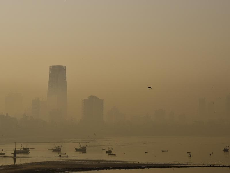 Buildings seen in heavy smog at Bandra on Saturday. (HT Photo)