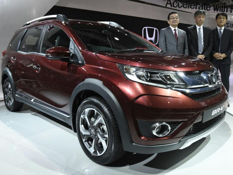 Honda launched its Mobilio-based crossover BR-V at the Auto Expo 2016 in Greater Noida on Wednesday.   (Mohd Zakir/HT Photo)