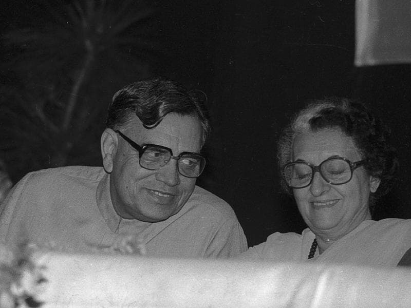 Veteran Congress leader and former Lok Sabha Speaker Balram Jakhar passed away in New Delhi on Wednesday. He  is seen  with former Prime minister  Indira Gandhi in  a picture taken in 1982 .   (KK Chawla/HT )