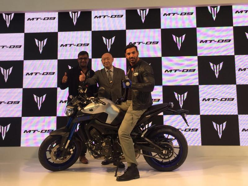 John Abraham helps to launch the Yamaha MT-09 motorcycle. The bike is expected to retail at around Rs 10.2 lakhs. (Ravi Choudhary/ HT photo)