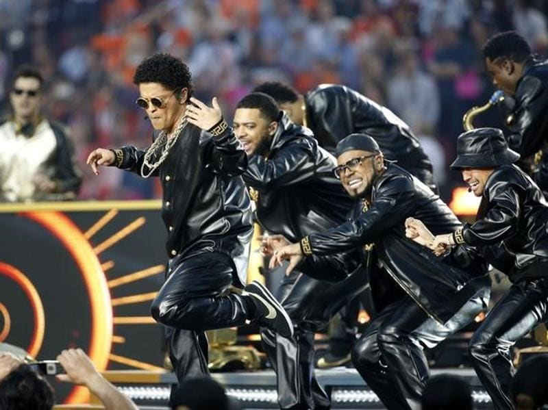 Bruno Mars performs during half-time at the NFL's Super Bowl 50 football game between the Carolina Panthers and the Denver Broncos. (Reuters Photo)