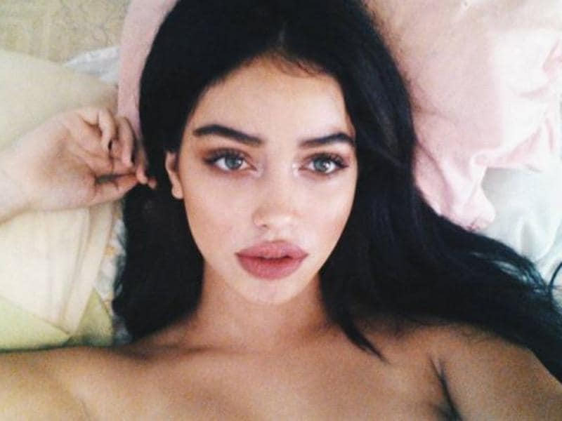 17-year-old Cindy Kimberly is a Spanish student who makes £3 (that's about $4.3)-an-hour for her side hustle as a babysitter.  (Instagram)