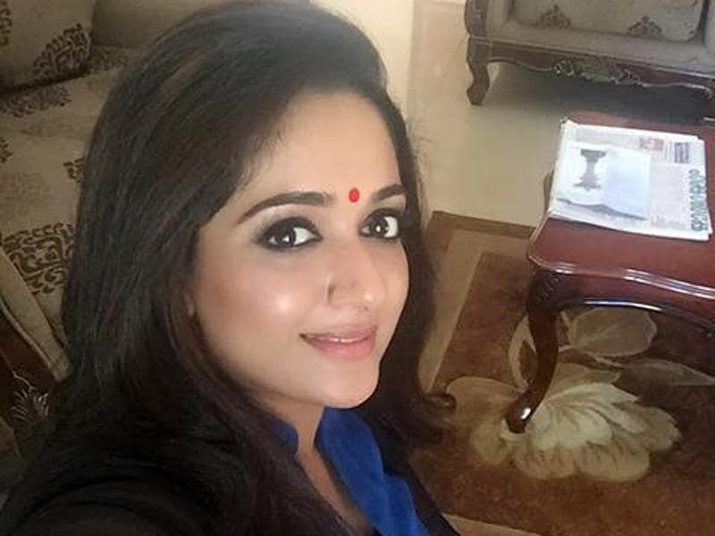 Kavya Madhavan: Appearing mostly in Malayalam films, Kavya Madhavan is best known for films Perumazhakkalam (2004) and Gaddama (2010). First appearing as a child artist, Kavya typifies South Indian good looks -- a fuller beauty with tremendous grace. (KavyaMadhavan/Facebook)