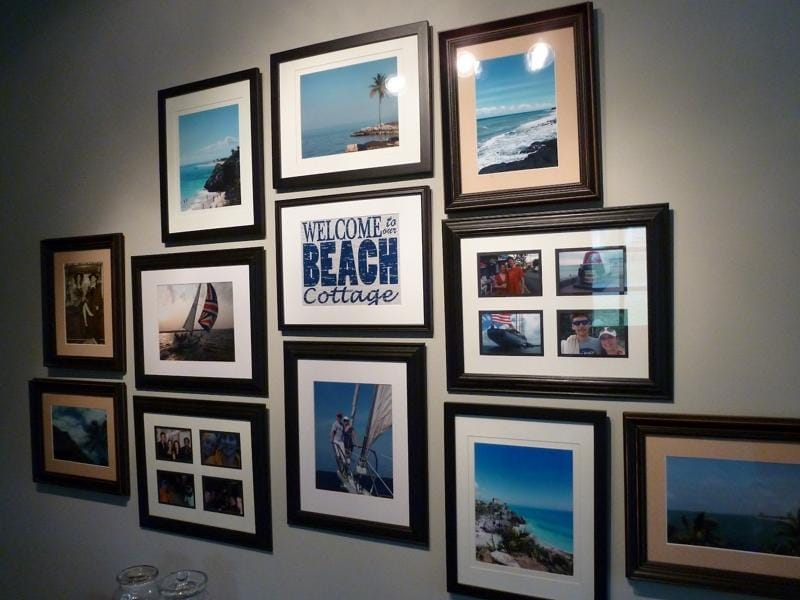 Gallery art walls. She won't like just one framed work on a wall. She'll like many. This decor trend is not going anywhere anytime soon. So leave her impressed with this choice of gift.  (PINTEREST)