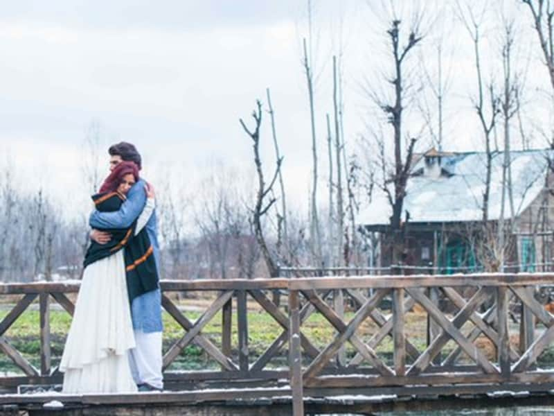 The scenic beauty of Kashmir is one of the highlights of Katrina Kaif-Aditya Roy Kapur-starrer Fitoor. We take a look at a few Bollywood films shot in Kashmir ion recent times.