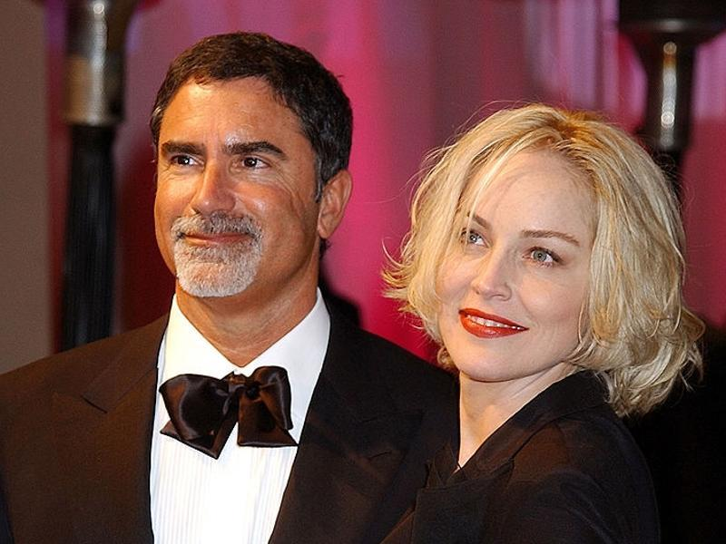 Basic Instinct actor Sharon Stone got married to Phil Bronstein, executive editor of the San Francisco Examiner, on 14 February, 1998. The couple adopted a baby boy in 2000 and named him Roan Joseph Bronstein. However, their love paradise did not last long and they got divorced in 2004 citing irreconcilable differences. (TWITTER)