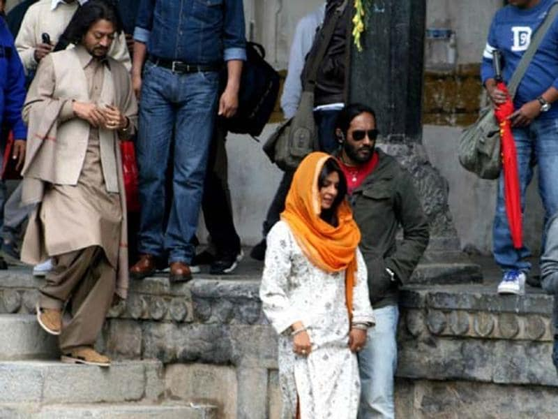 Saat Khoon Maaf: The portion involving Irrfan Khan in this 2011 film based on the short story 'Susanna's Seven Husbands' by Ruskin Bond, was shot at Shalimar Bagh, Kashmir.