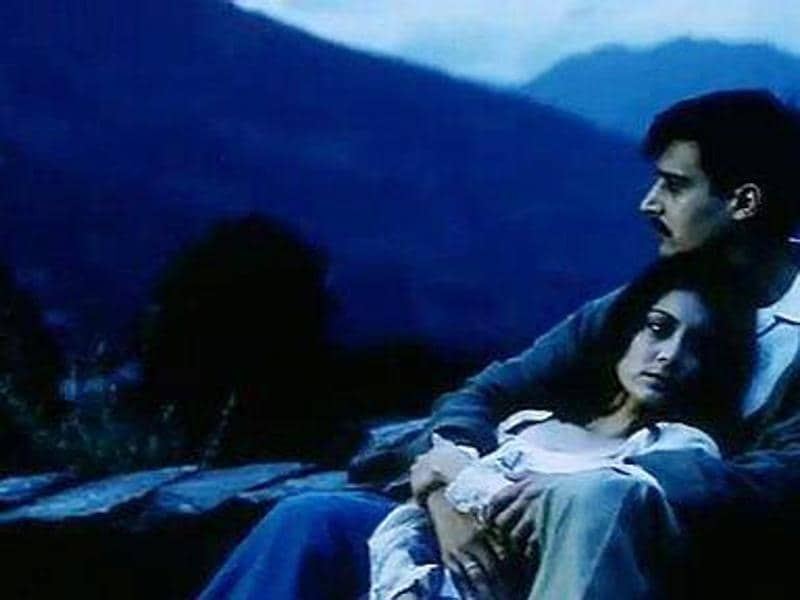 Yahaan: The 2005 war drama film was based in Kashmir directed by Shoojit Sircar. Minnisha Lamba and Jimmy Shergill played the lead roles in the film.