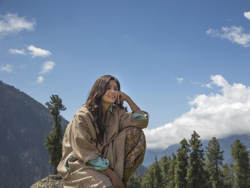 Highway: The 2014 film was shot at several locations across the country, including Kashmir. Alia Bhatt From the scenic meadows to peaceful camping sites and snow-covered hills, director Imtiaz Ali captures the Valley's beauty in his film.