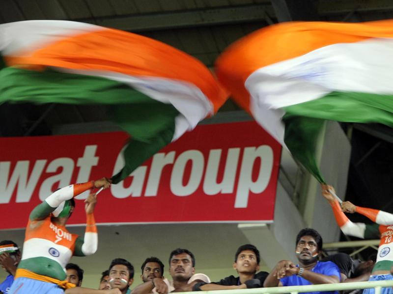 Fans had come out in large numbers to support Team India.  (Ashok nath Dey/HT Photo)