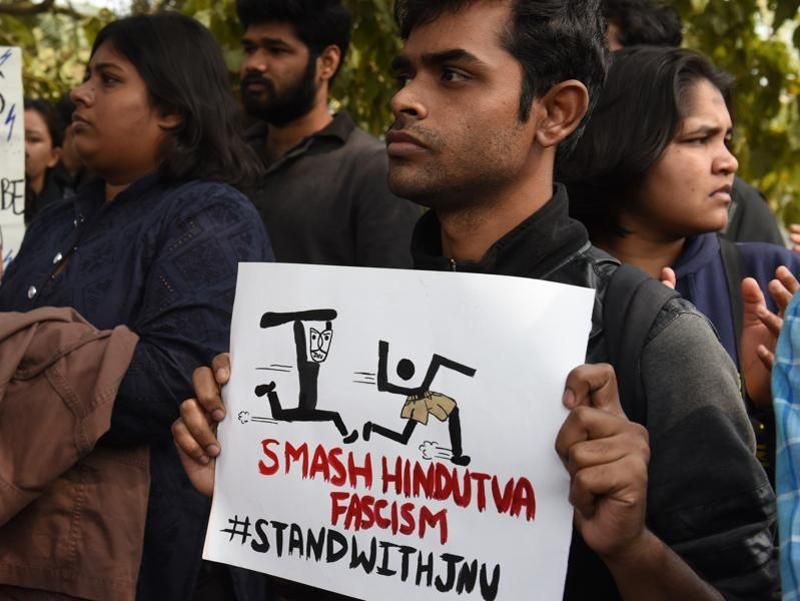 A JNU student makes his point clear. (Sushil Kumar/HT Photo)