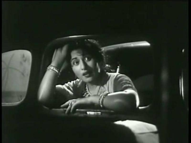 Kishore Kumar also worked with Madhubala in Satyen Bose's comedy Chalti Ka Naam Gaadi (1958). (Youtube grab)
