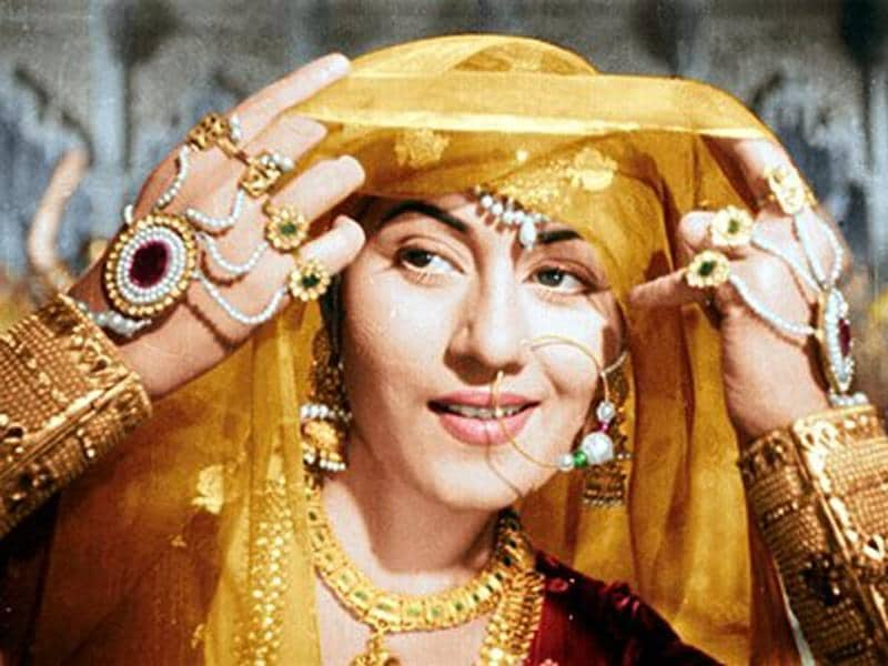 Kamal Amrohi cast Madhubala in the role of Anarkali - in Dilip Kumar-Prithviraj Kapoor-starrer Mughal-e-azam (1960). (Youtube grab)