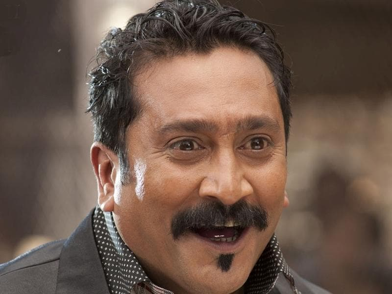 Mukesh Tiwari: Another Bollywood regular who keeps appearing as a villain and comedian, has worked in quite a number of Tamil and Kannada films.