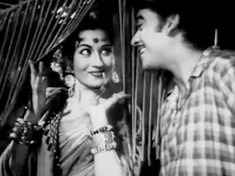 Kishore Kumar and Madhubala in a song from Half Ticket (1962). (Youtube grab)