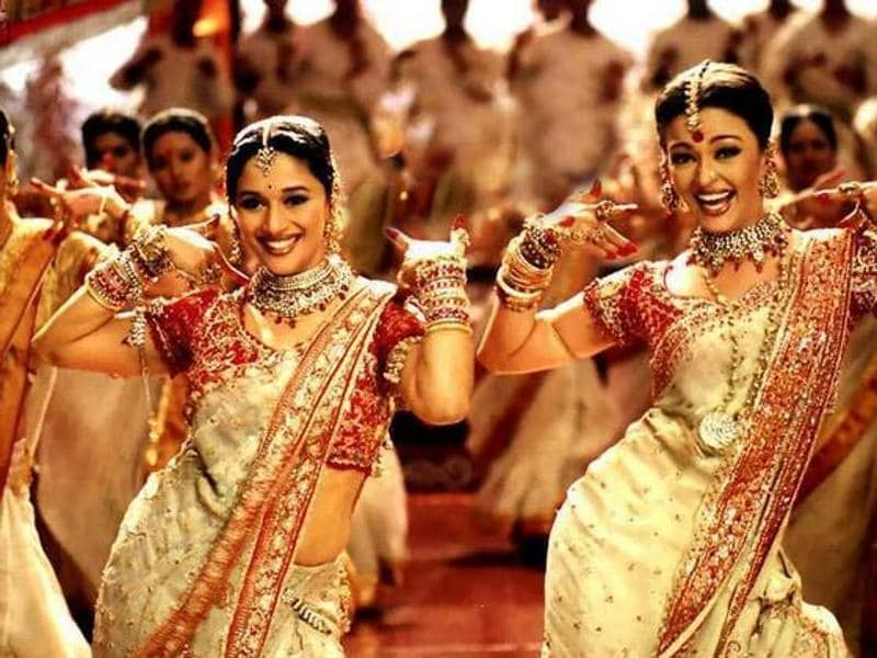 Madhuri Dixit played Chandramukhi while Aishwarya Rai Bachchan stepped into the shoes of Paro when Sanjay Leela Bhansali decided to adapt Devdas (2002) onscreen.  (Youtube grab)