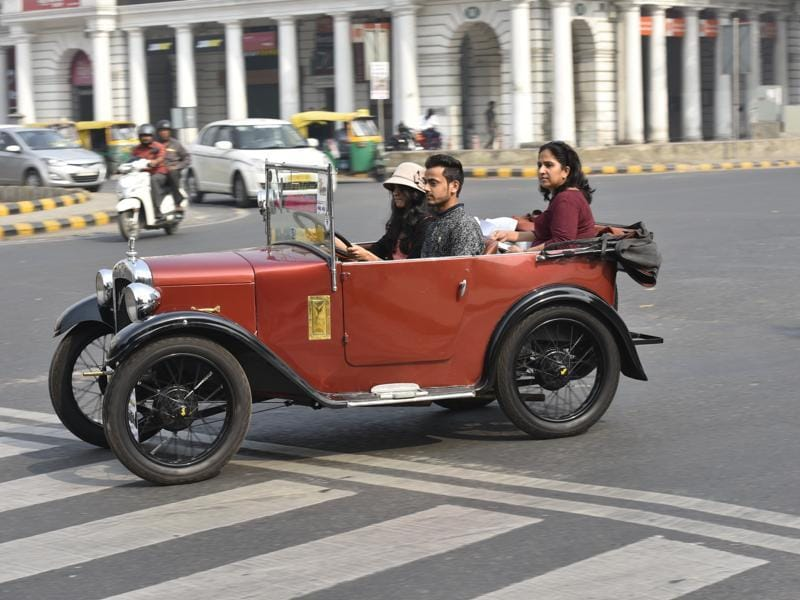 A vintage car runs through the roads of  Delhi during the  50th Statesman Vintage Car Rally 2016. (Ravi Choudhary/HT Photo)
