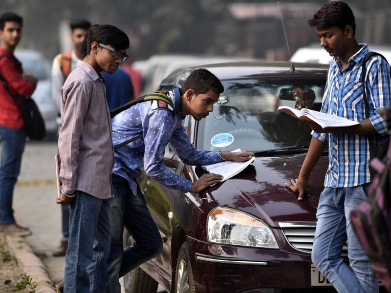 CBSE Class 12 students do some last minute revision at St Thomas' School in New Delhi. (Arun Sharma/HT photo)