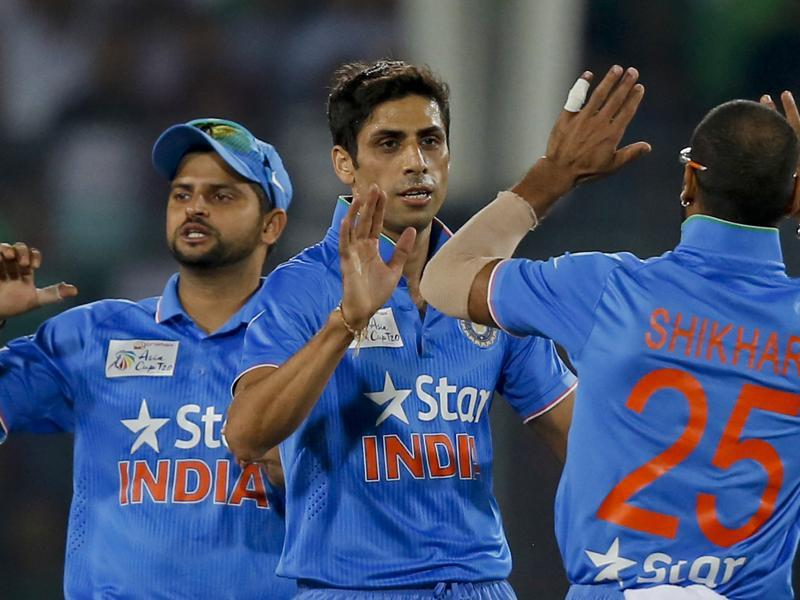 India's Ashish Nehra celebrates with his teammates. (AP Photo)
