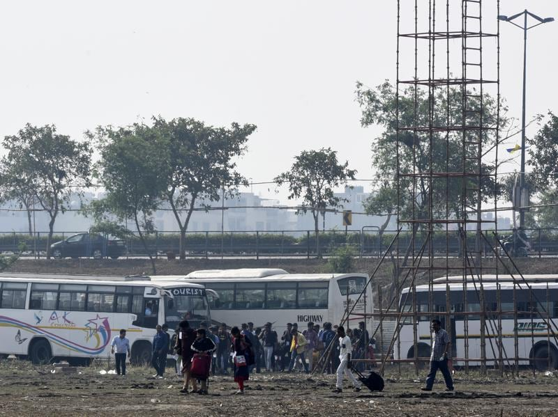 Followers and the participants faced difficulties as the buses ferrying them were forced to halt far away from the event venue. (Sonu Mehta/HT Photo)