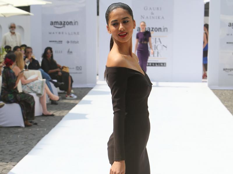 Gauri and Nainika's version of the classic black dress with a sweetheart neckline. (Raajessh Kashyap/HT)