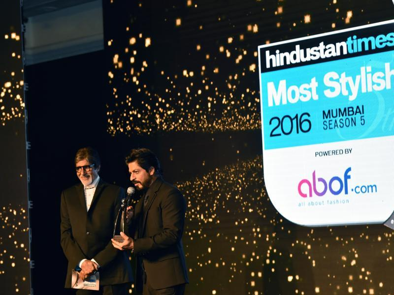 Amitabh Bachchan and Shahrukh Khan share the stage during HT Most Stylish Awards 2016. (Pratham Gokhale/HT Photo)