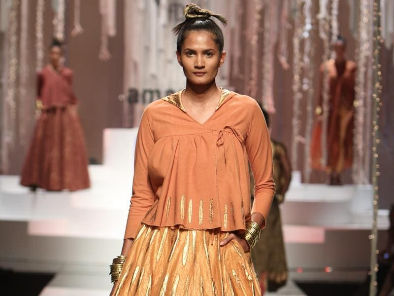 Designer duo Abraham and Thakore were among the nine designers whose work was put on show on the concluding day of the Amazon India Fashion Week.  (Raajessh Kashyap/HT)