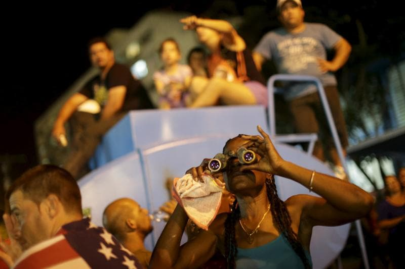 Cubans of all ages came out to see the British rockers in the landmark concert. (REUTERS)