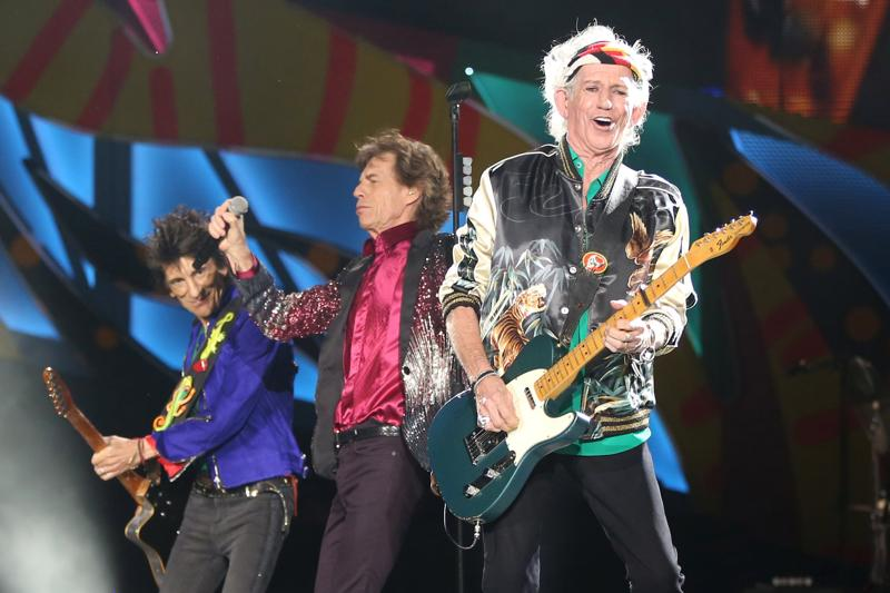 Keith Richards (R), Mick Jagger (C) and Ronnie Wood (L) in the middle of their Havana set. (REUTERS)
