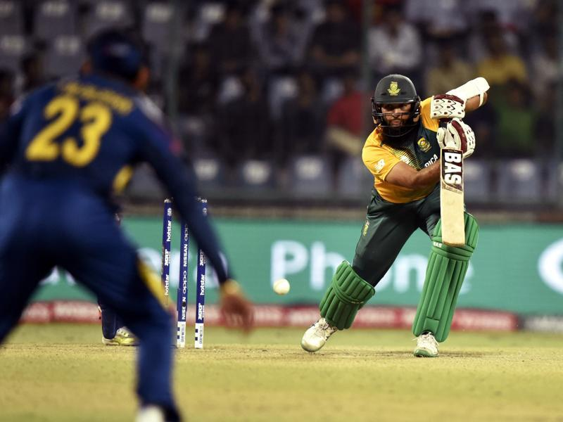 Hashim Amla hits one through the off side. (Mohd Zakir/HT Photo)