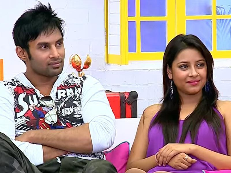 She participated in the show Power Couple with her fiancee Rahul Raaj. (Screengrab)
