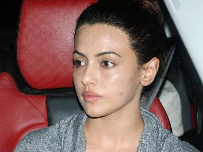 Actor Sana Khan also joined others at the hospital. (HT Photo/Yogen Shah)