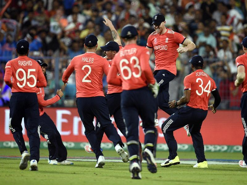 Players of England celebrating Chris Gayle wicket in T20 World Cup final against West Indies. (Ashok Nath Dey/HT photo)