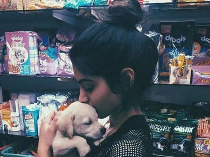 Khushi Kapoor and her cutie pie doggie. (Instagram)